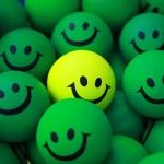 Patrz ludziom w oczy i uśmiechaj się do innych