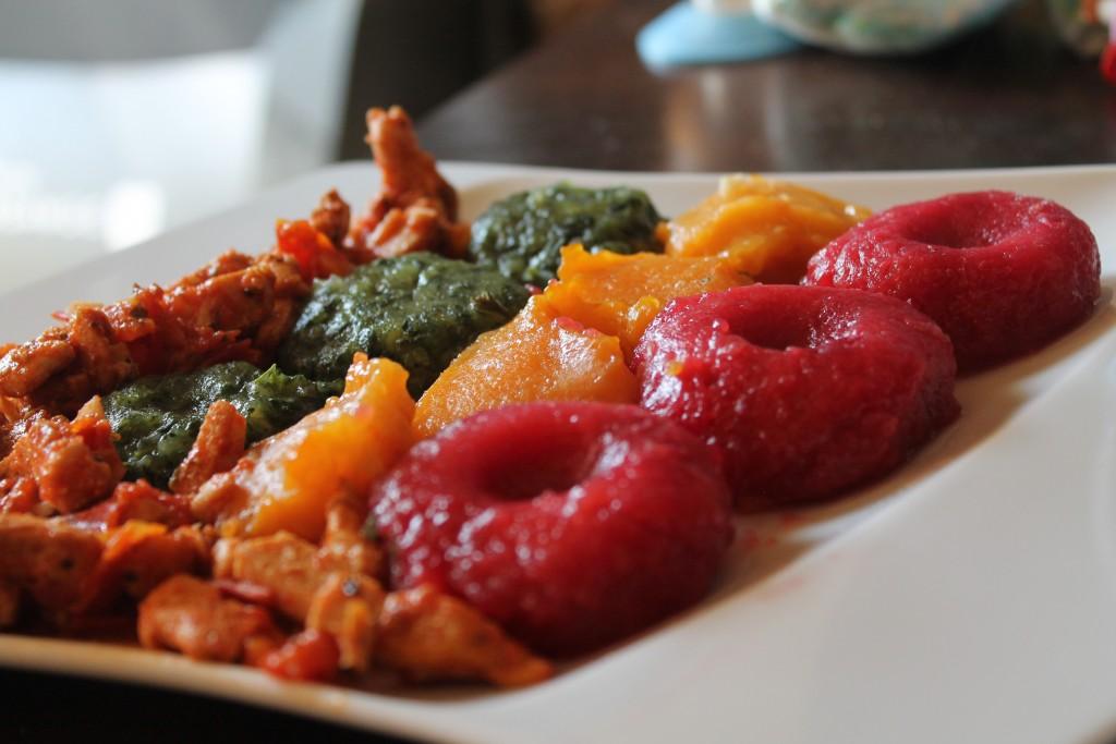 kolorowe kluski ślaskie z warzywami, ze szpinakiem, z batatów, z buraczkami