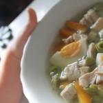 'Zielona' zupa nie-krem, niby z groszkiem, ale bez groszku ;)