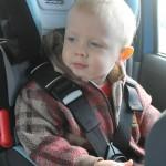 Kocham zapinam – bezpieczeństwo podczas jazdy samochodem z dzieckiem