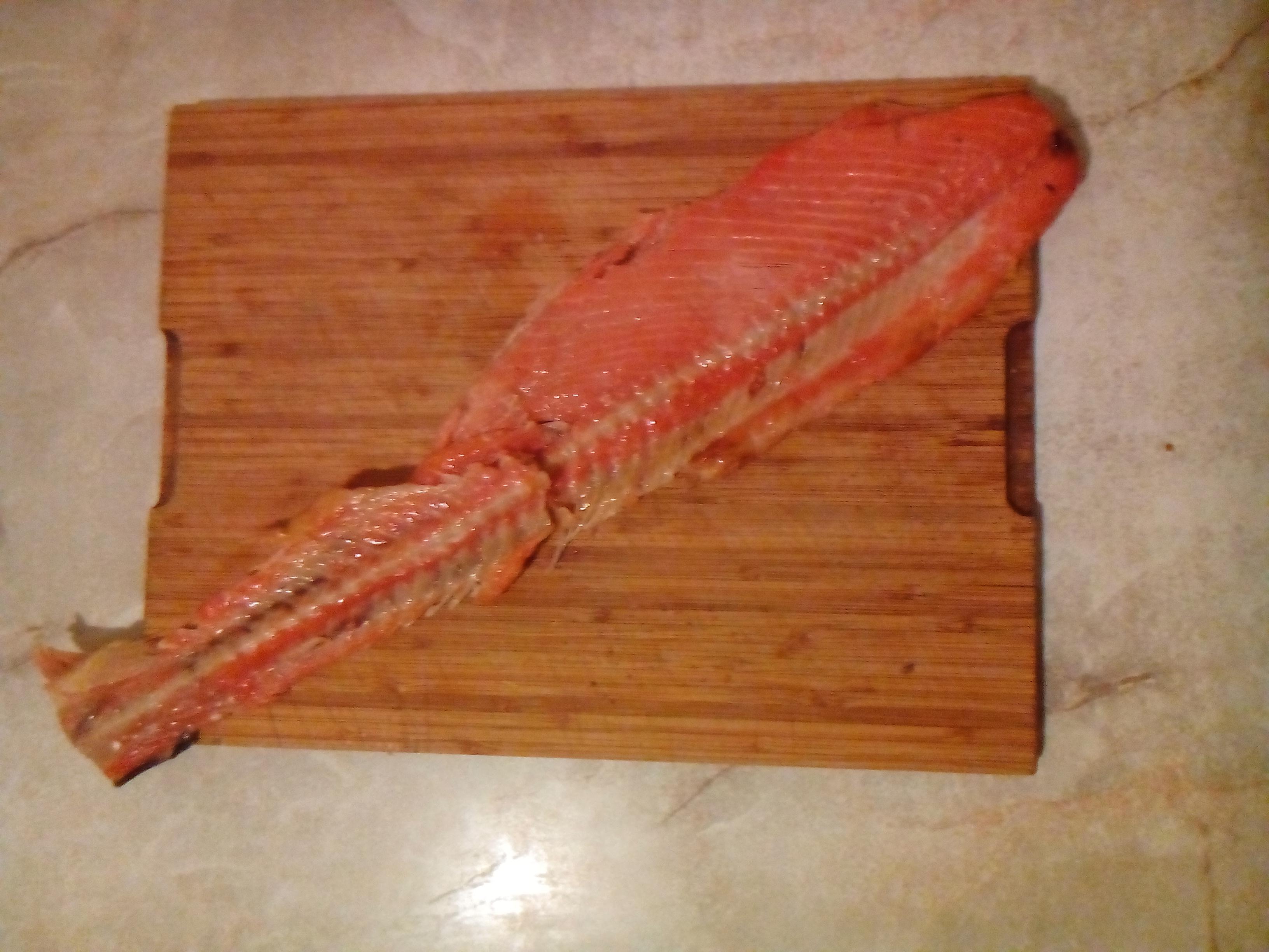 kręgosłup z łososia