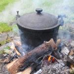 Pieczonka, kociołek z ogniska