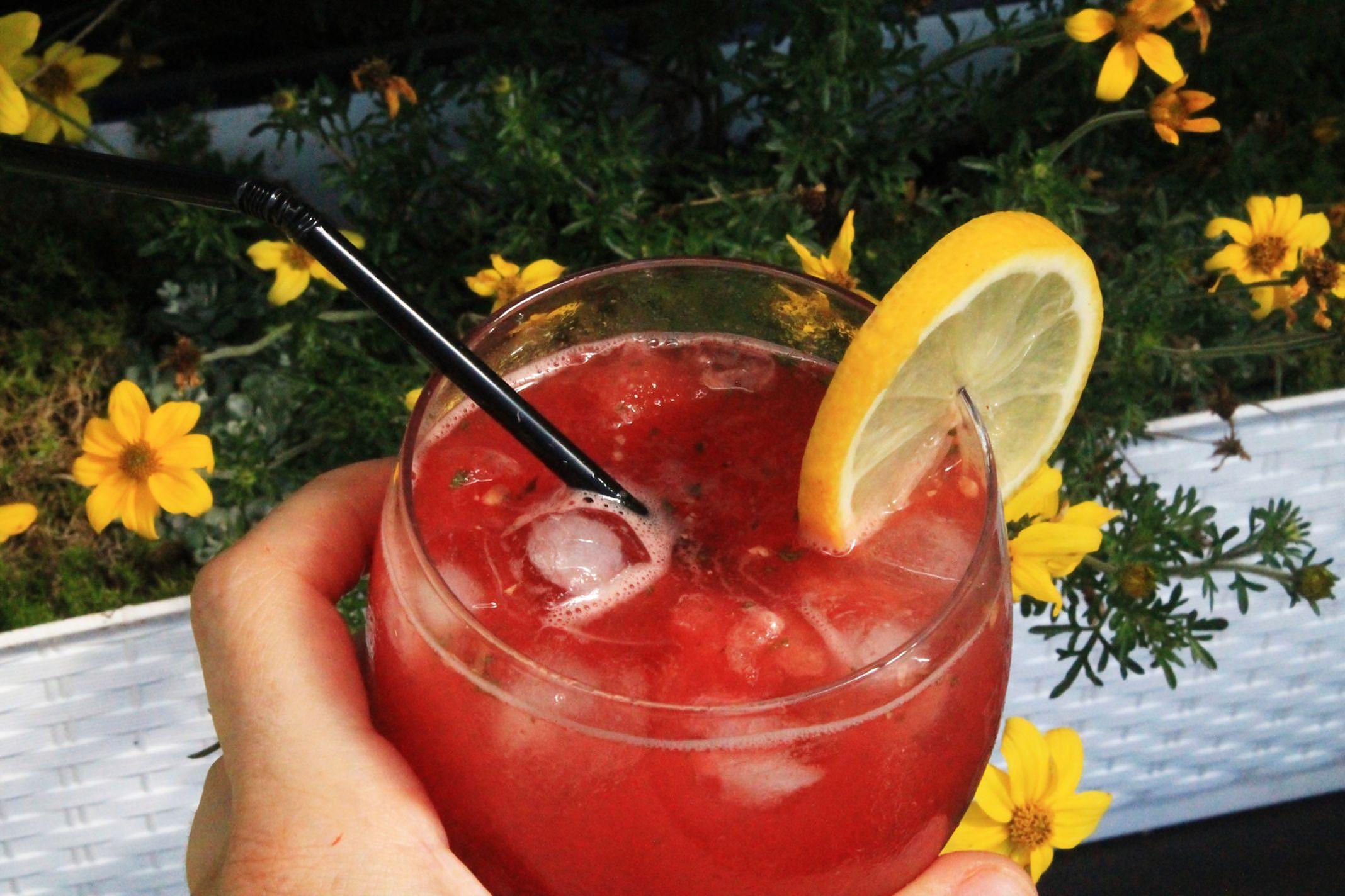 Napoój z mrożonego arbuza