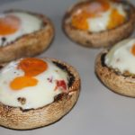 Nadziewane pieczarki jajkiem