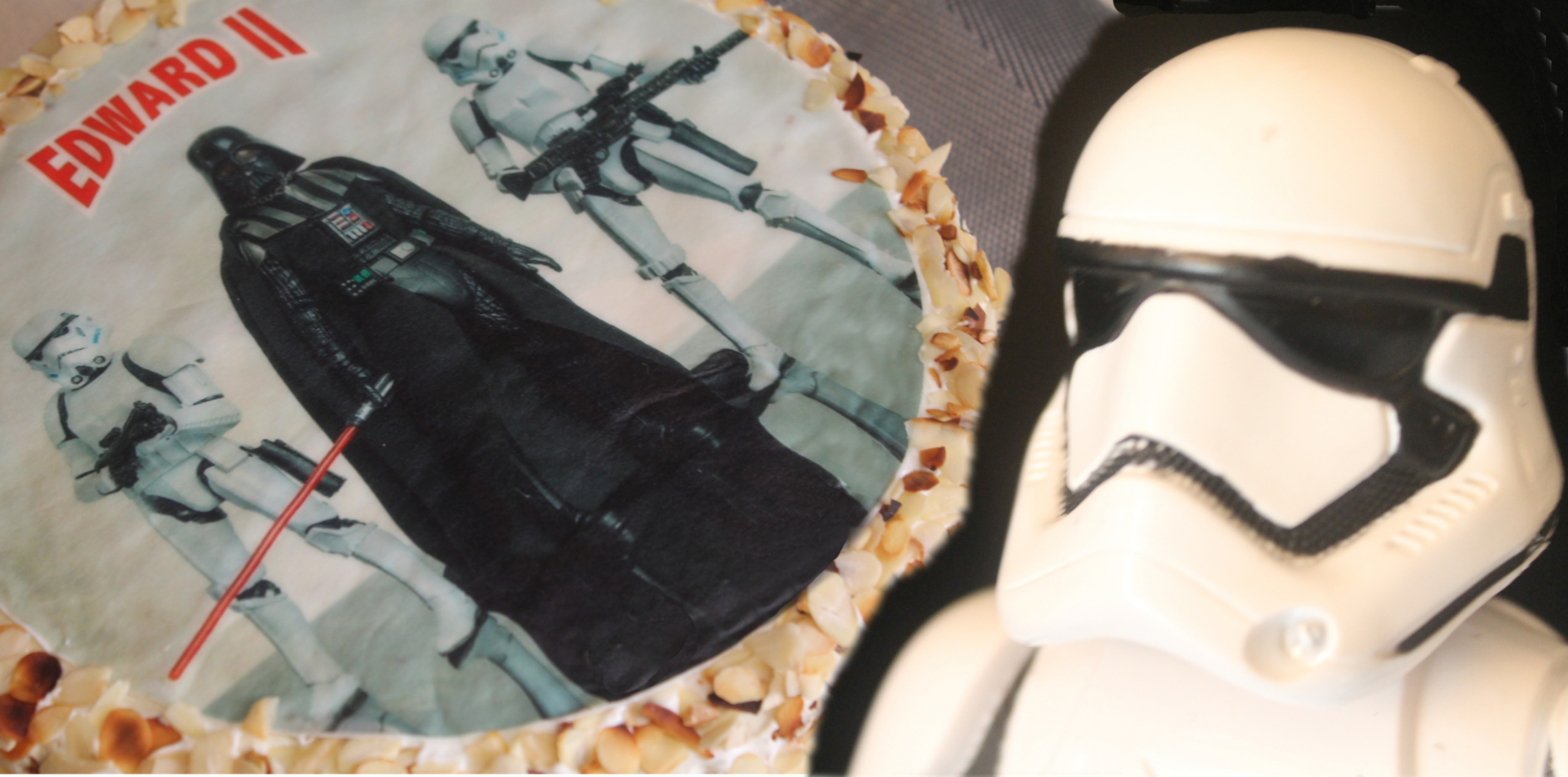 stars-wars-tort-bez-cukru