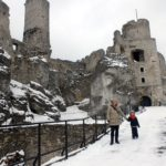 Atrakcje dla dzieci zimą. Zamek Ogrodzieniec.