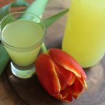 Limoncello. Włoski likier cytrynowy domowej roboty.