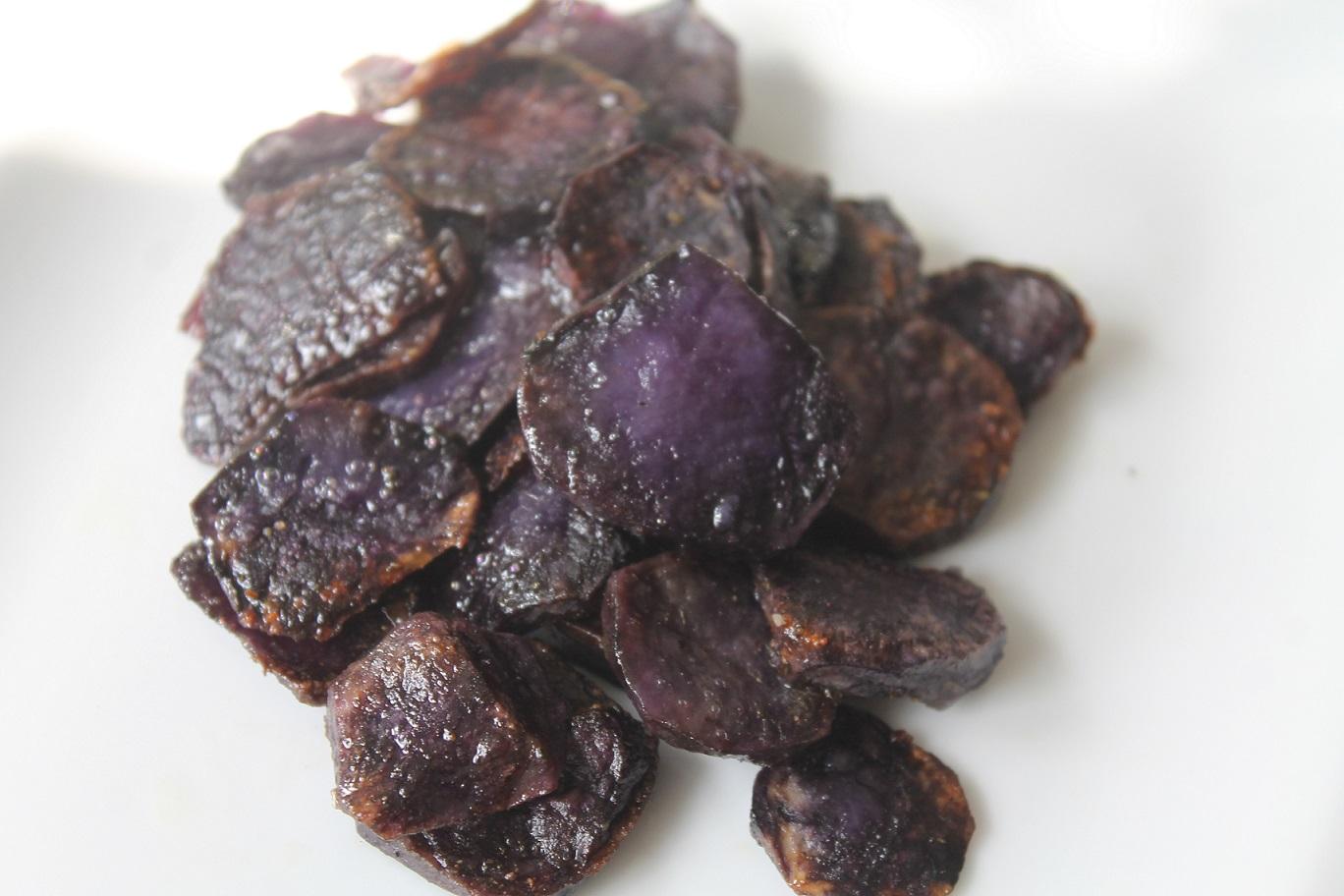 frytki talarki z ziemniaków fioletowych