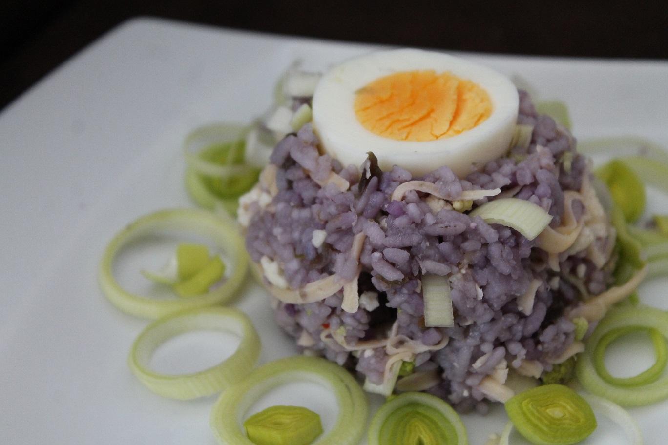 z ryżem fioletowym